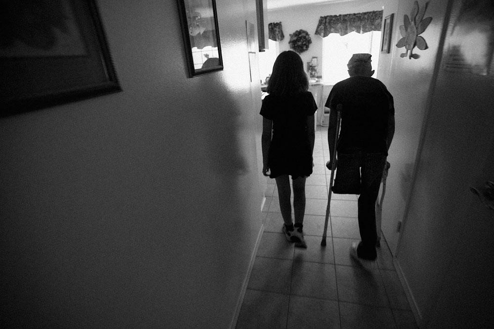 jay-friend-hallway-silhouette