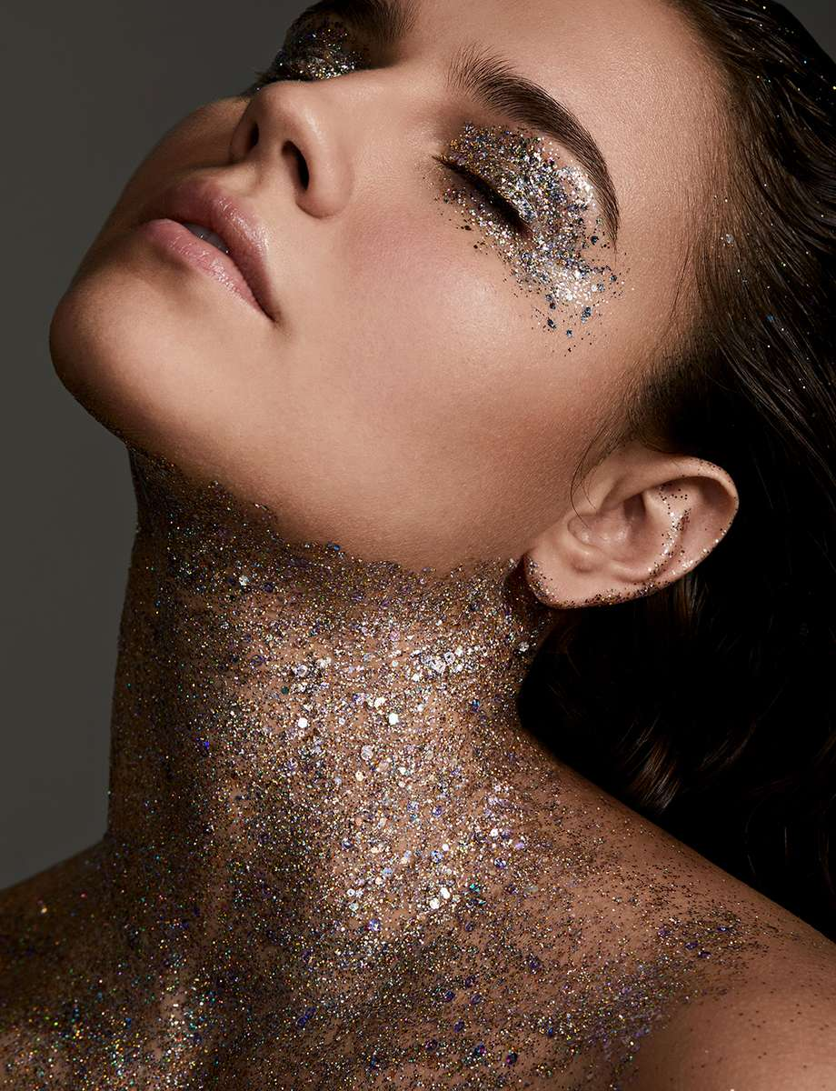 Glitter/Bri Johnson