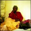 Kardiata est Mauritanienne. Elle a quitté son pays en 1989 pour fuir le conflit Sénégalo-Mauritanien. Sage-femme de formation, elle est arrivée en France à Marseille en 2004. Elle n'a que peu de nouvelles de ses enfants. Elle n'a pas de logement, pas de travail et pas de papiers.