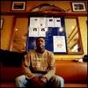 Soiyoubou est Sénégalais. Il est arrivé en France en mai 2006. En grève depuis le 24 mai 2008, il demande sa régularisation avec 16 autres employés  des différents restaurants Marius et Janette de Paris.