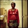 Hawa est Malienne et en grève depuis le 23  mai 2008. Sans papiers, elle occupe les locaux de l'entreprise qui l'emploie «Manet». Elle est dans l'attente d'une régularisation.
