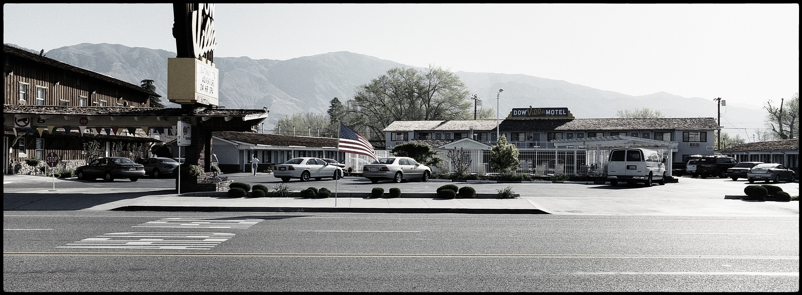 Dow Villa Motel, Lone Pine, CA, USA.All pictures are © Cyril Fakiri - No use without permission.