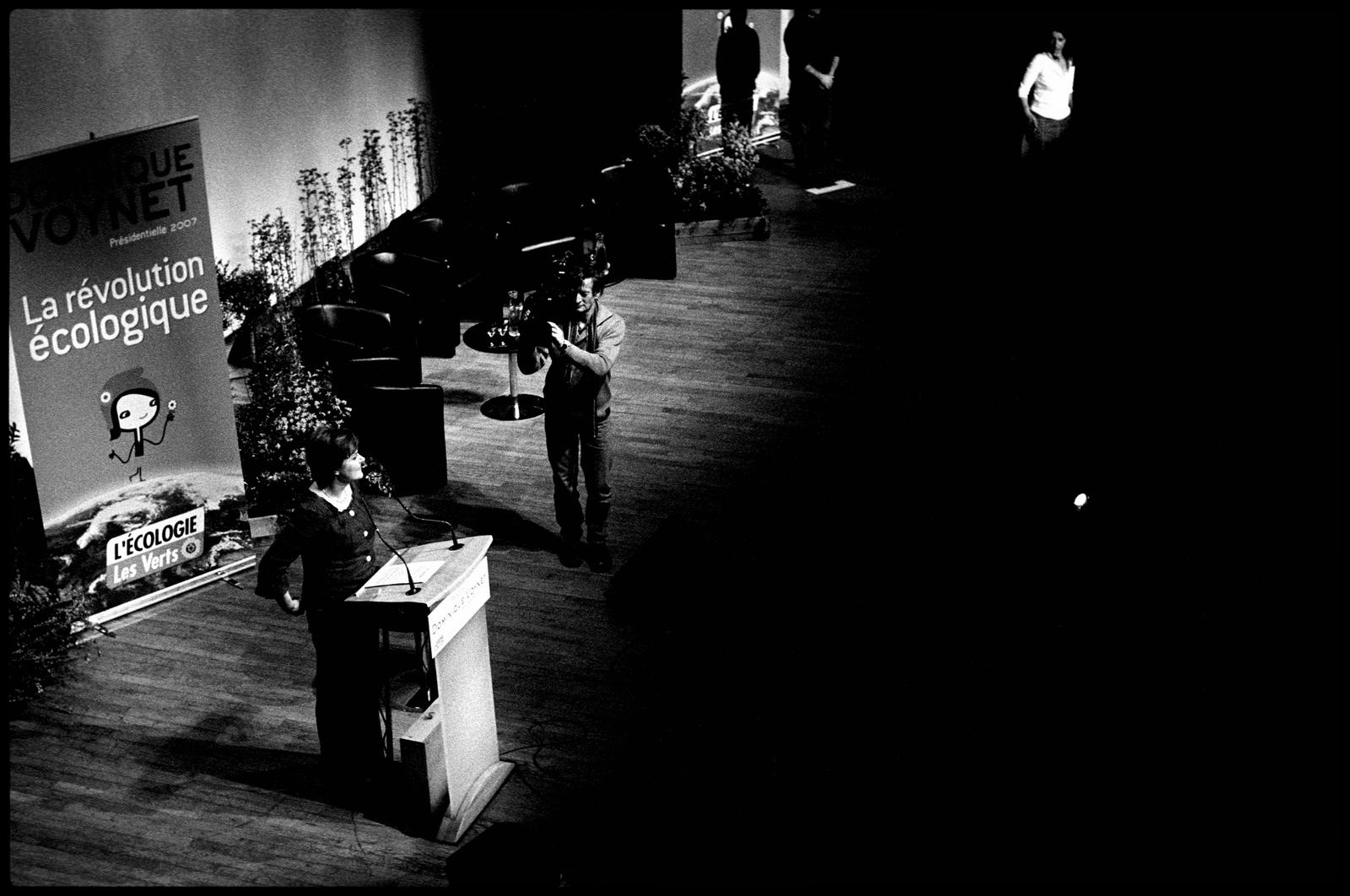 Discours de Dominique Voynet lors d'un meeting de campagne des Verts à la Mutualité de Paris le 5 avril 2007.