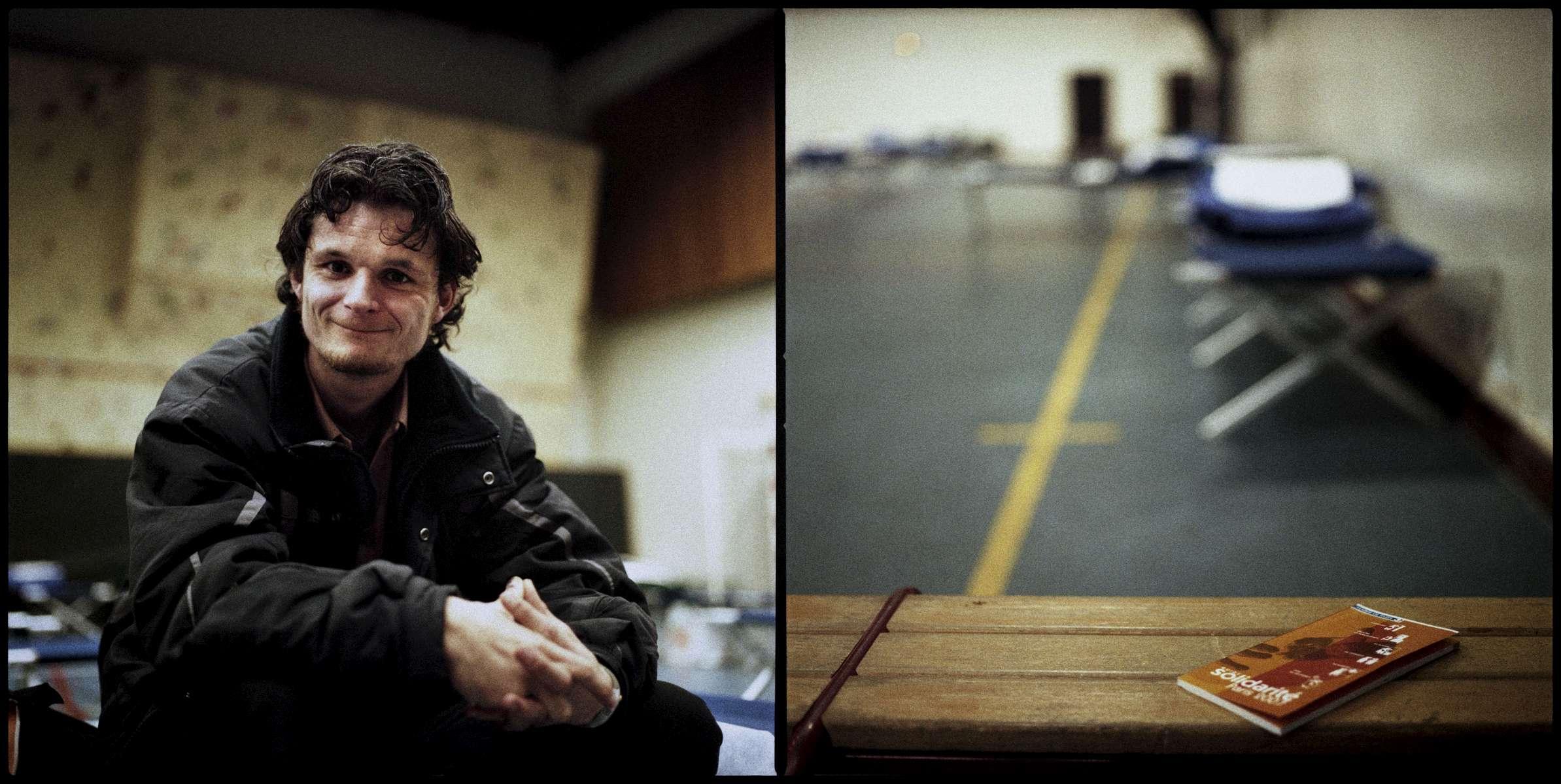 Stéphane, 27 ans, est né à Gonesse.Handicapé et sans logis, il survit avec 600 Euros par mois. Il est en recherche d'emploi.