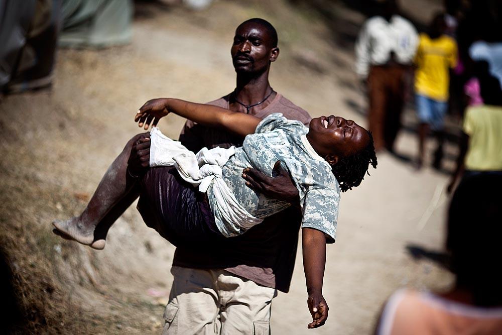 020510_MensJournal_HaitiQuake_0635