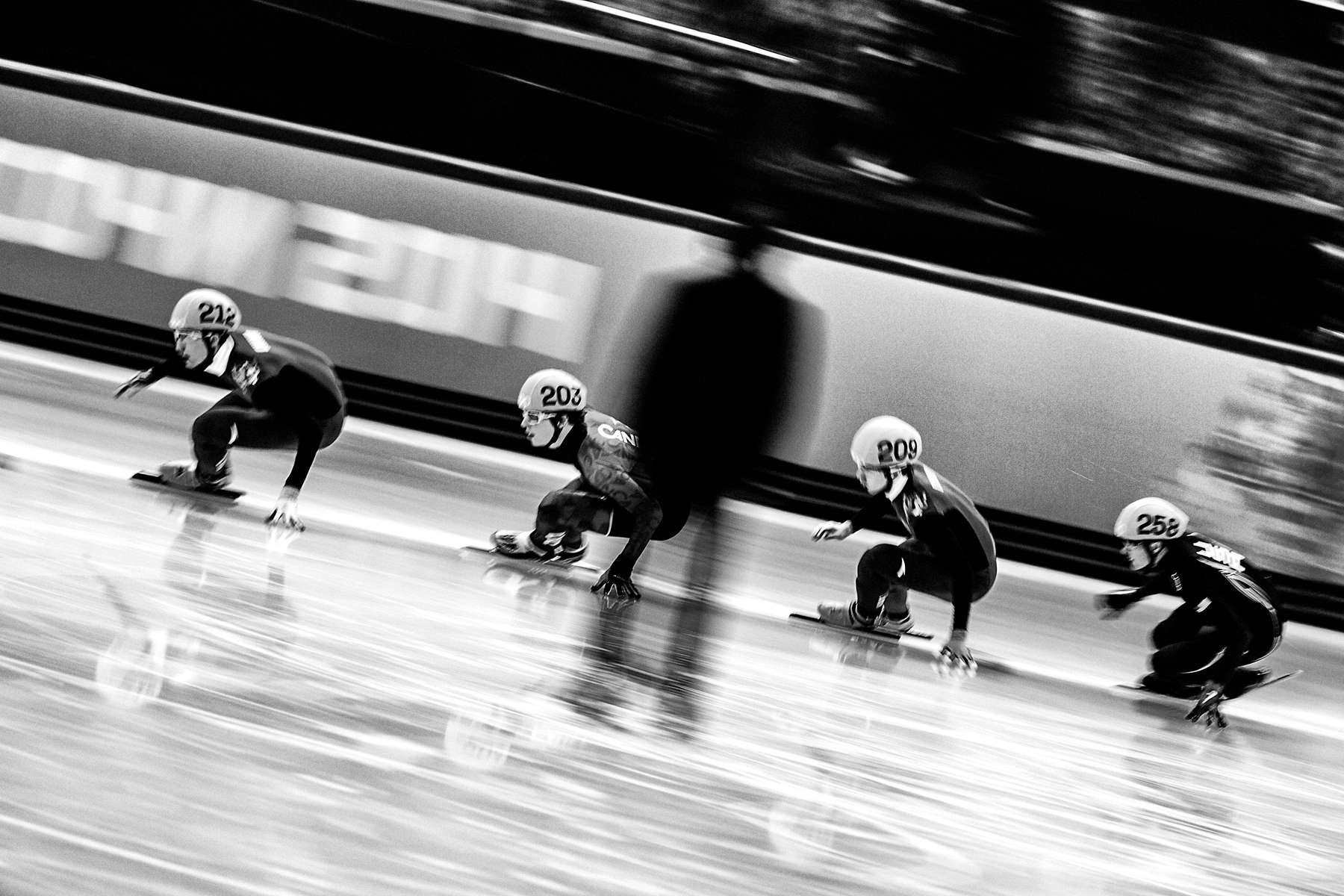 Women's Short Track Speed Skating.