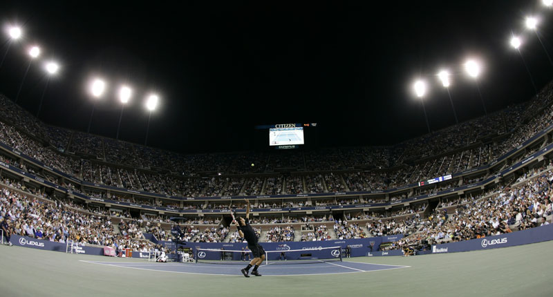 Roger Federer competes in the 2007 U.S. Open.
