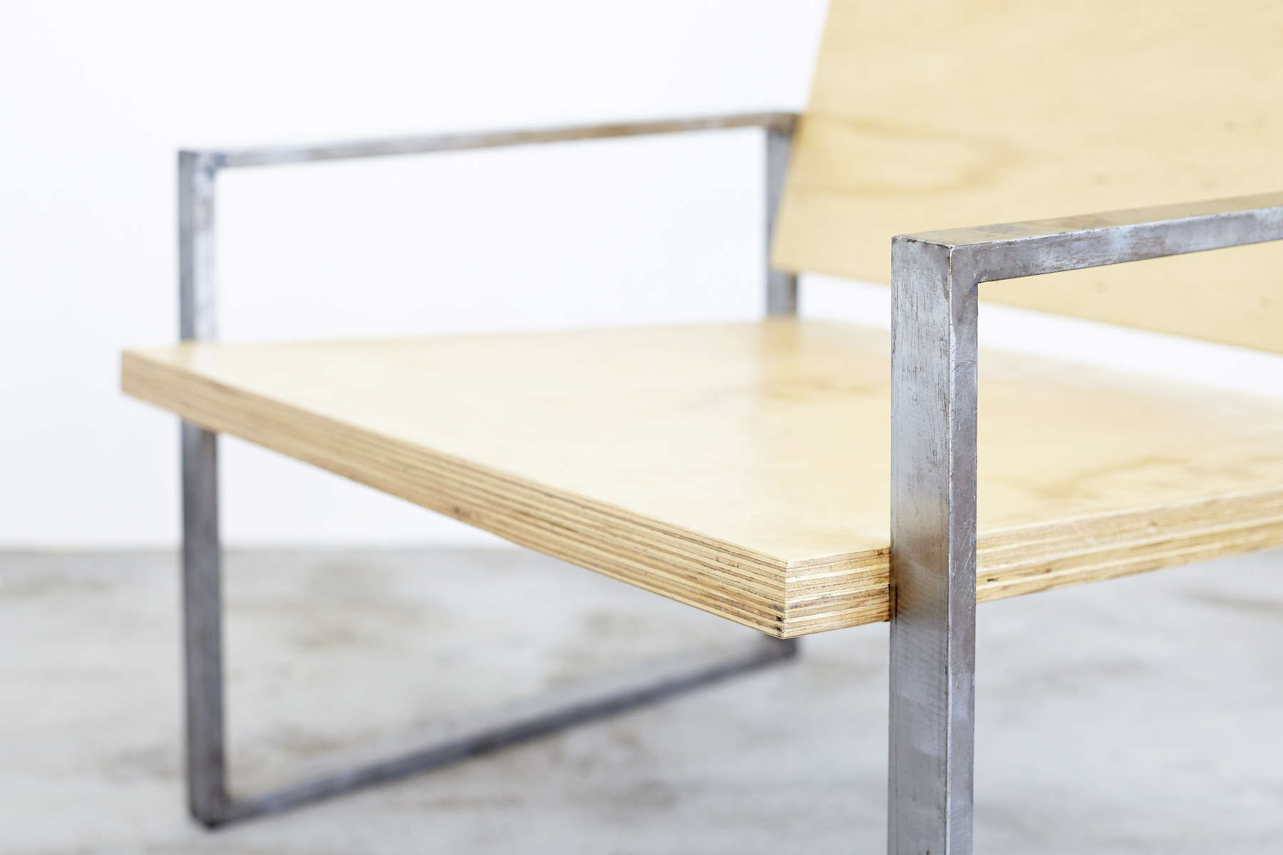 17_0913_AN_Cadeira-BF-381