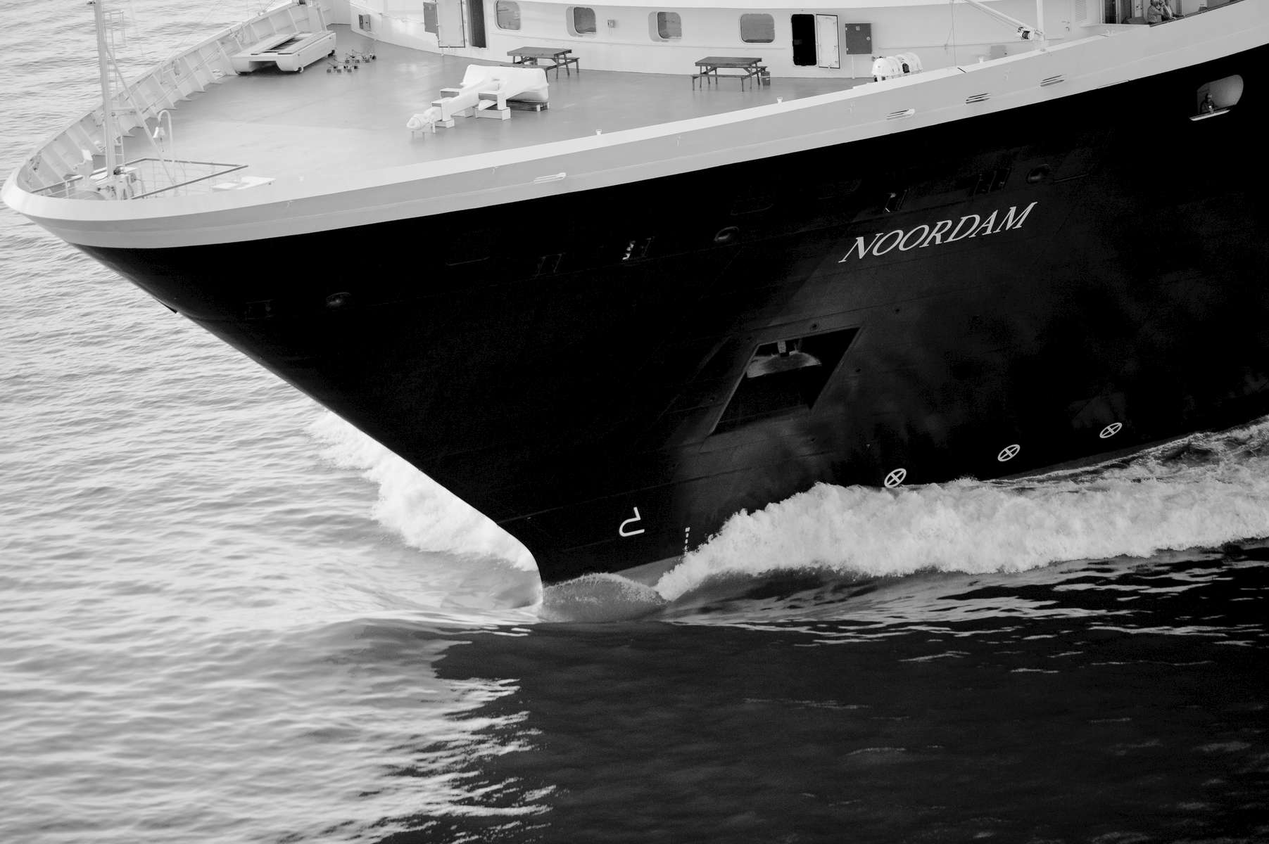 _-20060415__Noordam__aerials__0283cruiseships