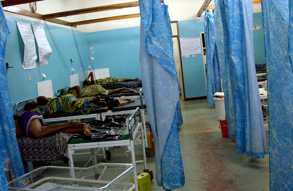 The maternity ward at Bottom Hospital in Lilongwe. May 2004