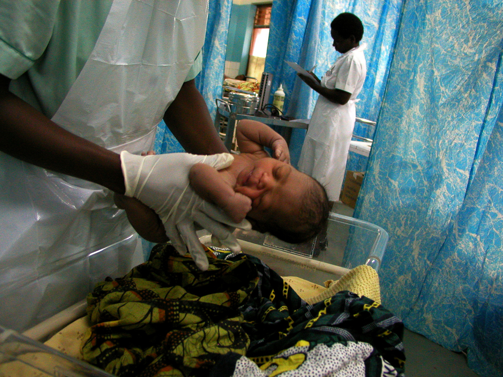 A new born baby is tended to at the maternity ward at Bottom Hospital in Lilongwe. May 2004