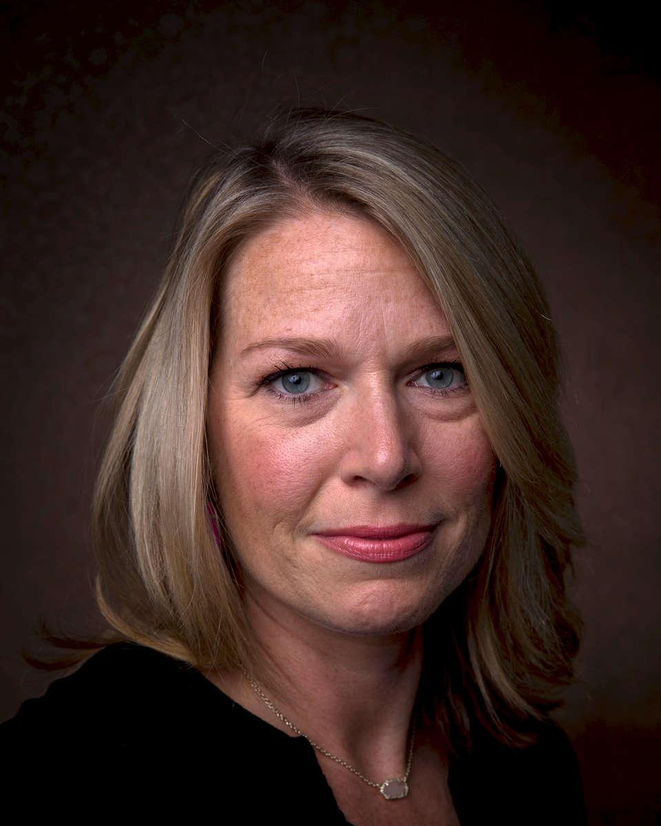 Laura Pulis, 40.