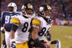 Nashville, TN.    Pittsburgh Steelers wide receivers Antwaan Randle-El and Hines Ward get into it with the fans at Adelphia Coliseum in Nashville, Tennessee after Ward scored a touchdown during the AFC Divisional playoff game against the Tennessee Titans./ Vincent Pugliese