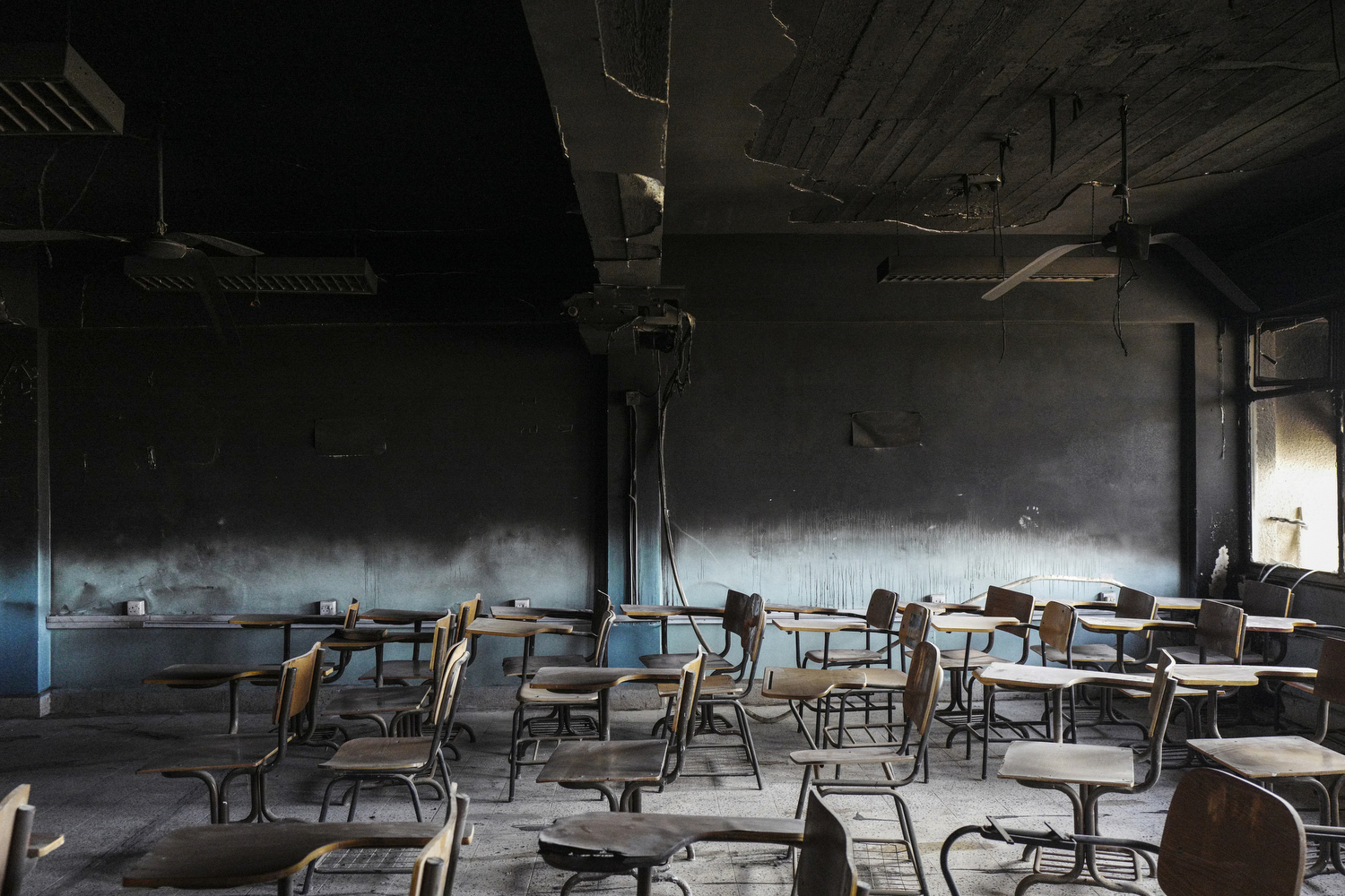 2017. Mosul. Iraq. A burned classroom in Mosul University.