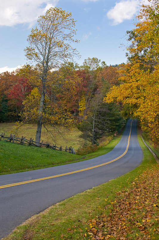 Fall-Blue Ridge Parkway at Table Rock Overlook, NC