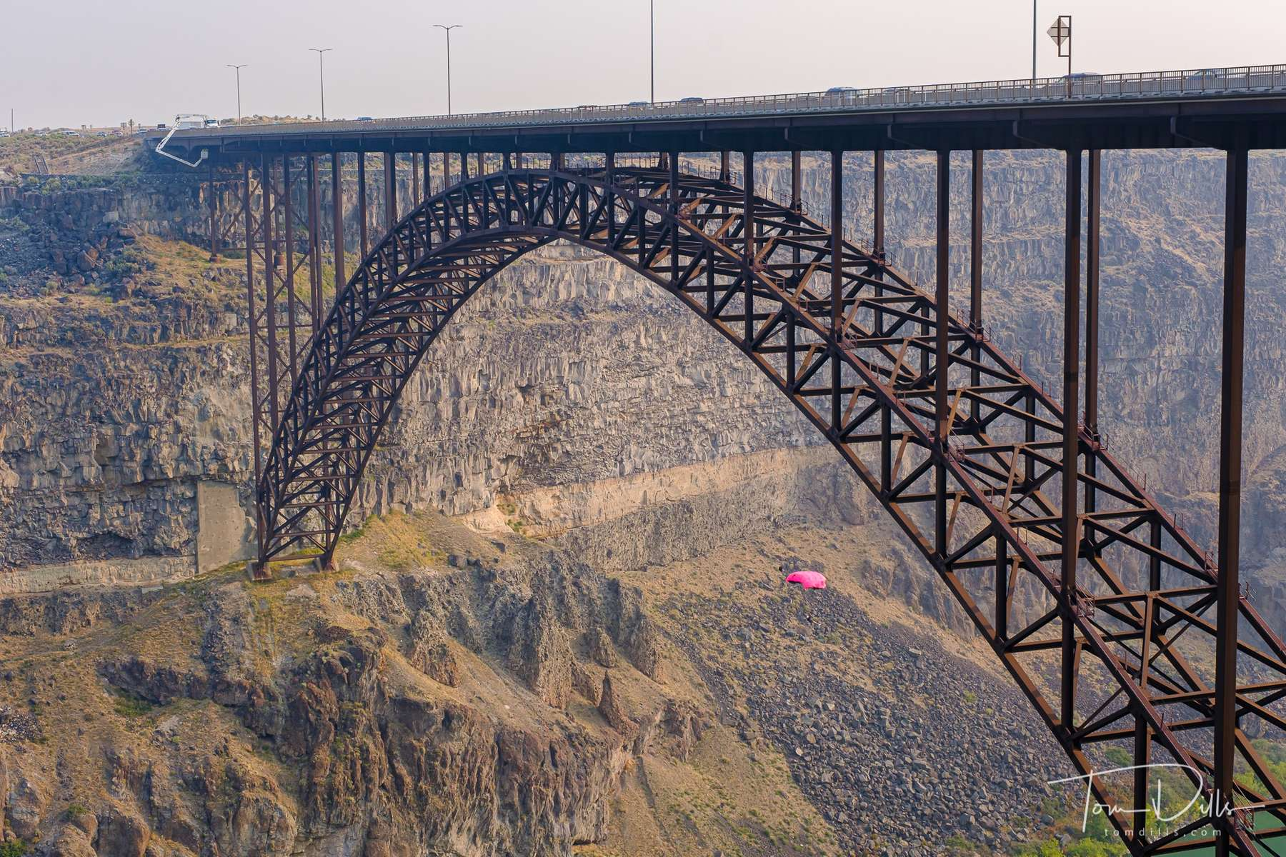 BASE jumpers at the Perrine Memorial Bridge over the Snake River in Twin Falls, Idaho