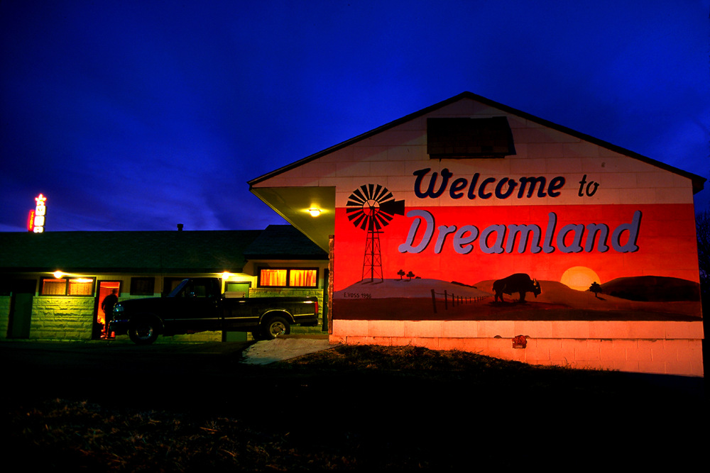 MISC_Dreamland_srgb_WEB_new