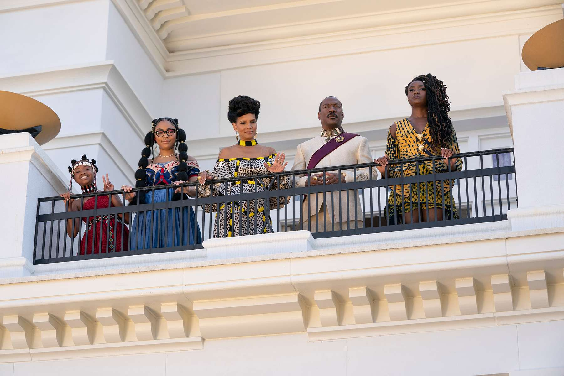 Akiley Love, Bella Murphy, Shari Headley, Eddie Murphy, and KiKi Layne star in COMING 2 AMERICAPhoto: Quantrell D. Colbert© 2020 Paramount Pictures