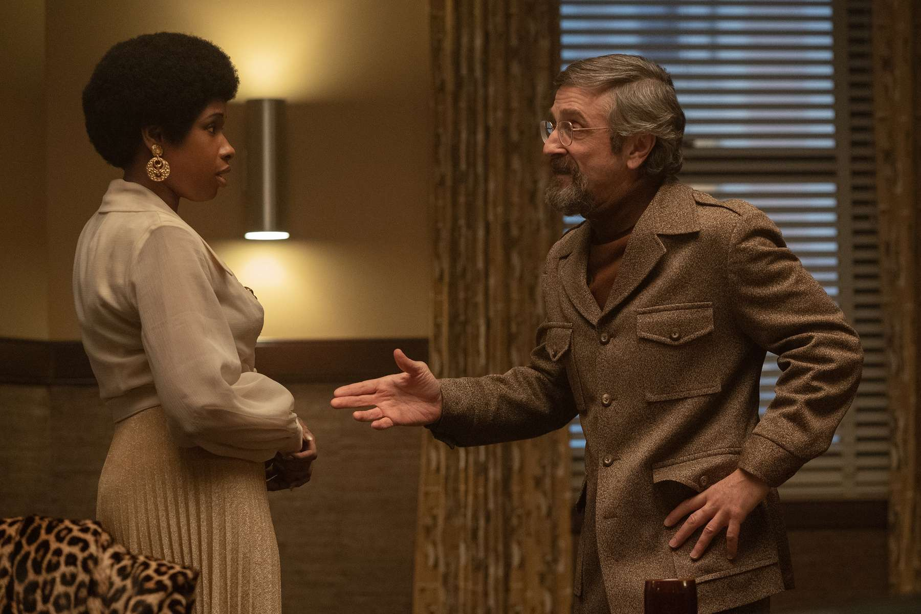 R_12971_RCJennifer Hudson stars as Aretha Franklin and Marc Maron as Jerry Wexler inRESPECTA Metro Goldwyn Mayer Pictures filmPhoto credit: Quantrell D. Colbert© 2021 Metro-Goldwyn-Mayer Pictures Inc. All Rights Reserved