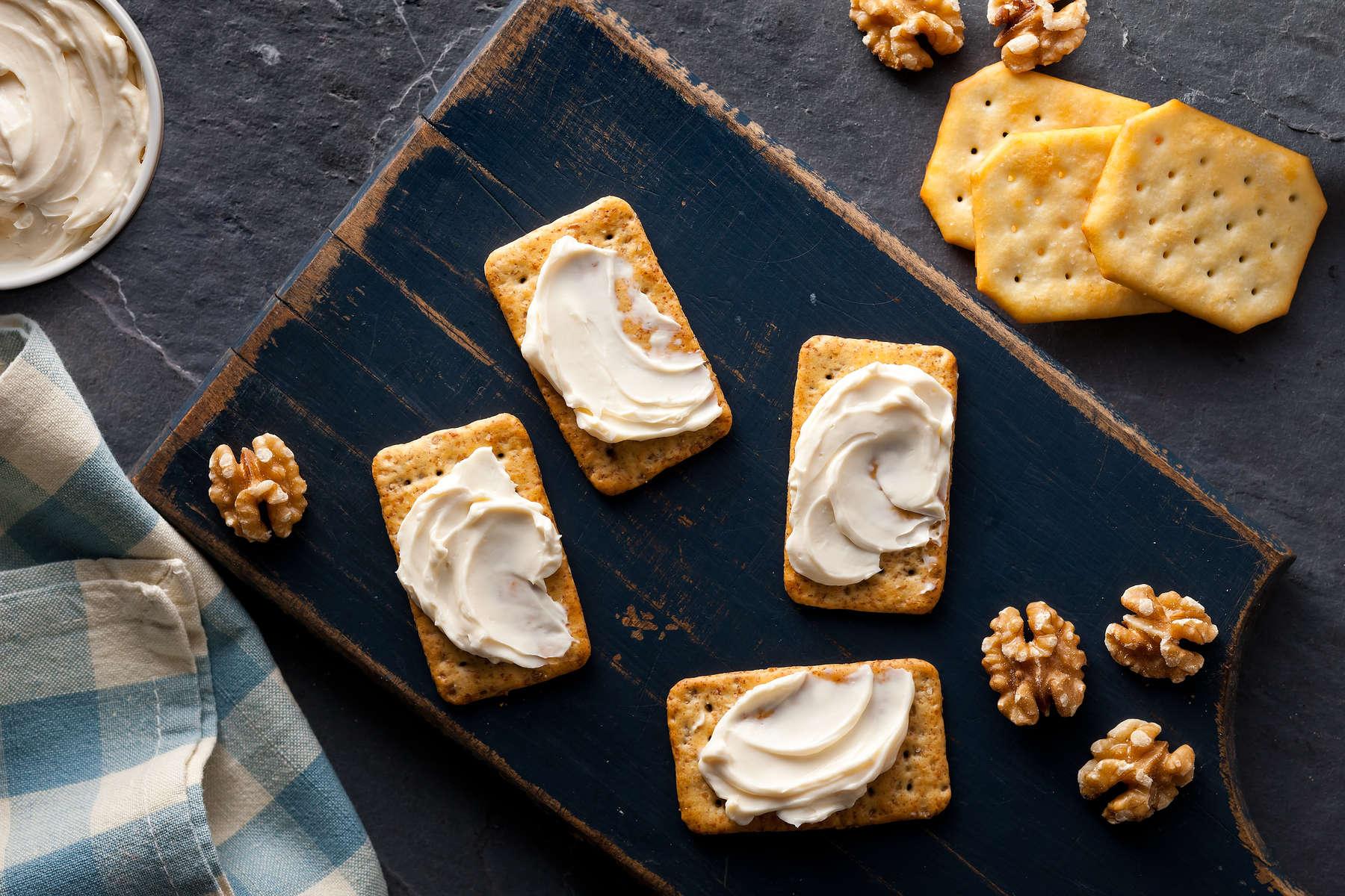 White_Crackers