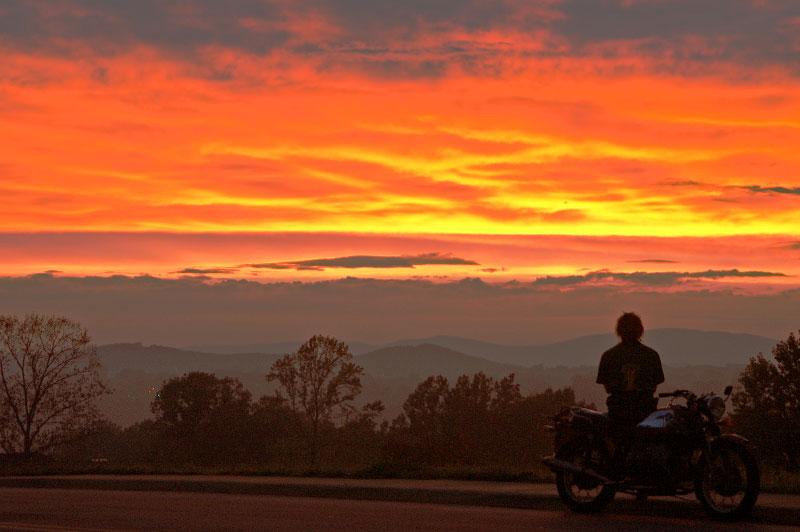 BR_30aug04-pantops-sunset035a