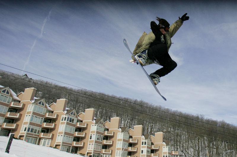 action--18dec05-Snowboard-R