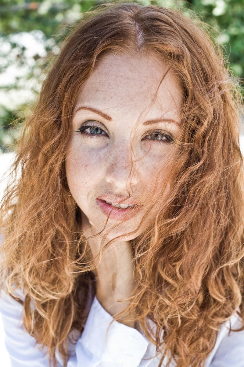 Kristin Leach
