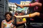 Street-scene_-Cadiz_-2007