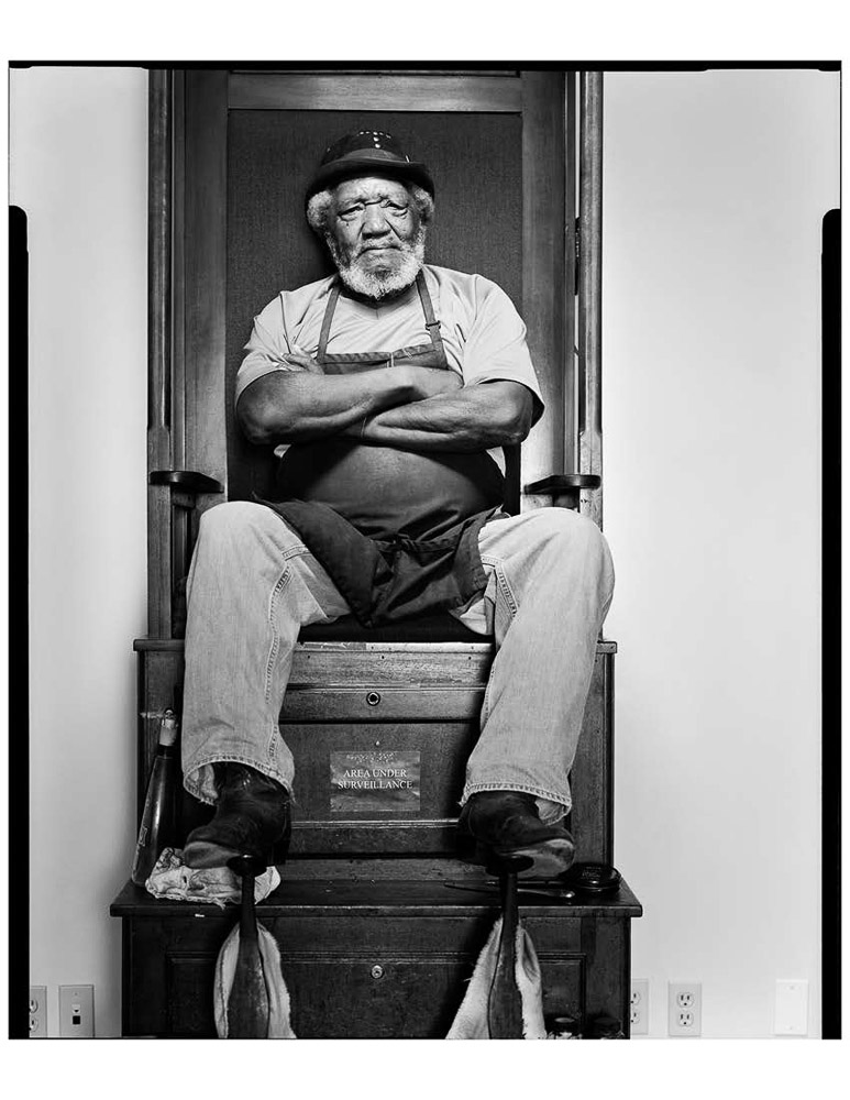 Luke Carter Jr, shoe shine man, Austin, TX