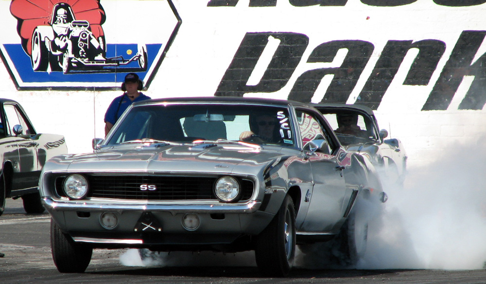 69 SS396 L78 @ E-town. 12.847 et @ 108.77 mph. Stock rebuild, .030 over, 143 cam, 4.10 gears. Turbo 400, 2200 stall.