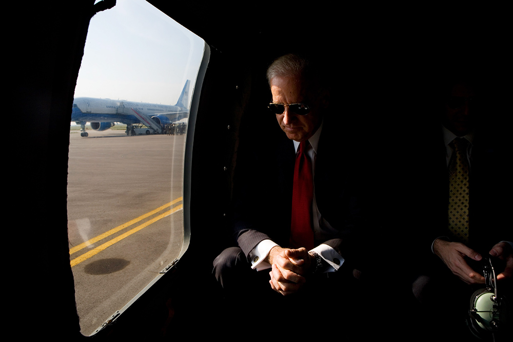 Vice President Joe Biden waits for the rotors on the helicopter to stop after landing at Pristina Airport, Kosovo, Friday, May 22, 2009. (Official White House Photo by David Lienemann)