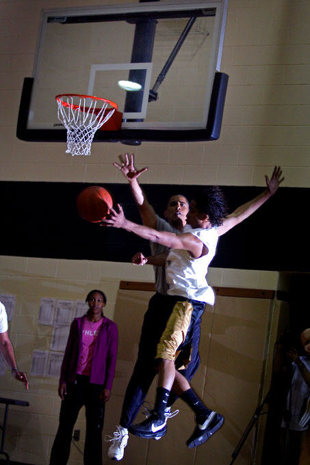 U.S. Presidential hopeful Barack Obama (D-IL) plays a 3-on-3 basketball game in Kokomo, Indiana, on Friday, April 25, 2008.  Obama and his Democratic rival, Hillary Clinton (D-NY), are campaigning in the state in the lead-up to its May 6th Democratic Presidential Primary.