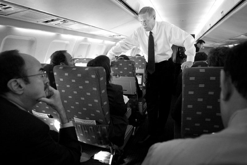 Gephardt-in-a-Plane-3