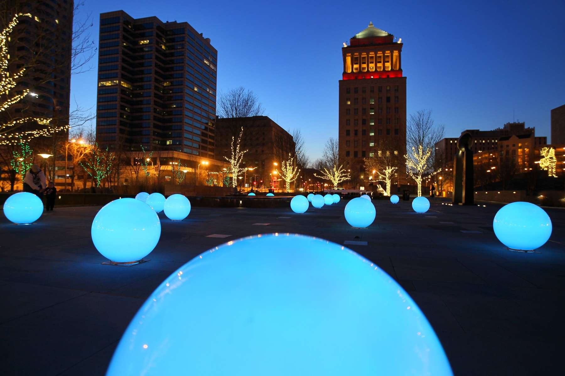 Sunday January 31, 2010--Glowing globes fill the splash and spray water fountain area of Citygarden, a public sculpture park in downtown St. Louis, on Sunday.   The 25 globes are each lit by two LED lights and are programed to glow in an every changing a rainbow of hues.  The globes will be turned on every night through the end of February from 5pm-midnight.  The globes were installed by Hydro Dramatics, a St. Louis fountain design company.  To see more photos of the glowing globes go to stltoday.com/multimedia .David Carson     dcarson@post-dispatch.com