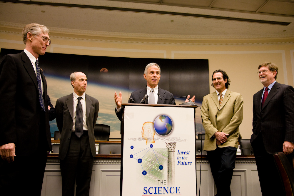 Recent U.S. recipients of the Nobel Prize  with Rep. Bart Gordon (D-TN) (center).
