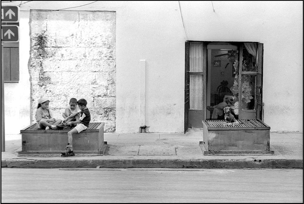HAVANA-02_STREET-wb