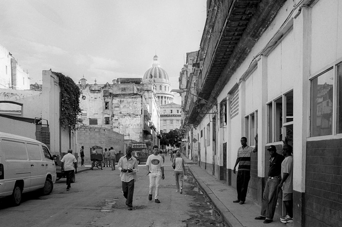 Towards-El-Capitolio