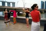 Chinese_ladies_taking_pix