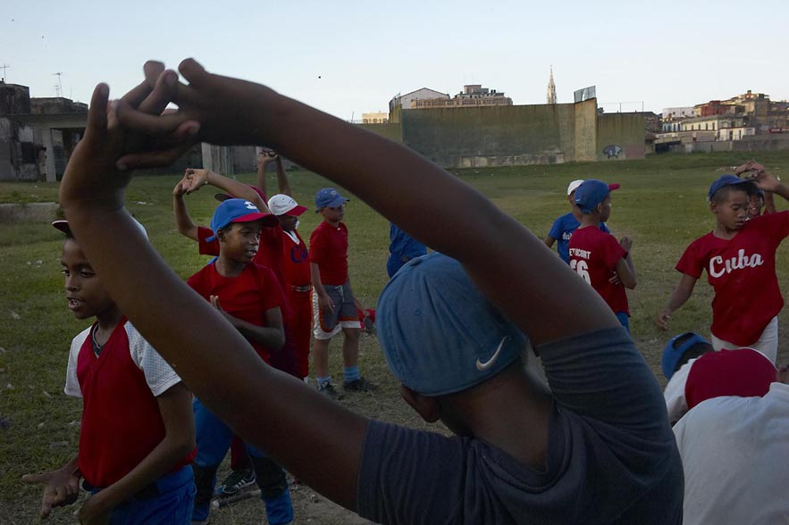 Habana_baseball_kids_for_web