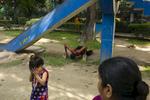 India-Calcuta-1200-L1095048-2