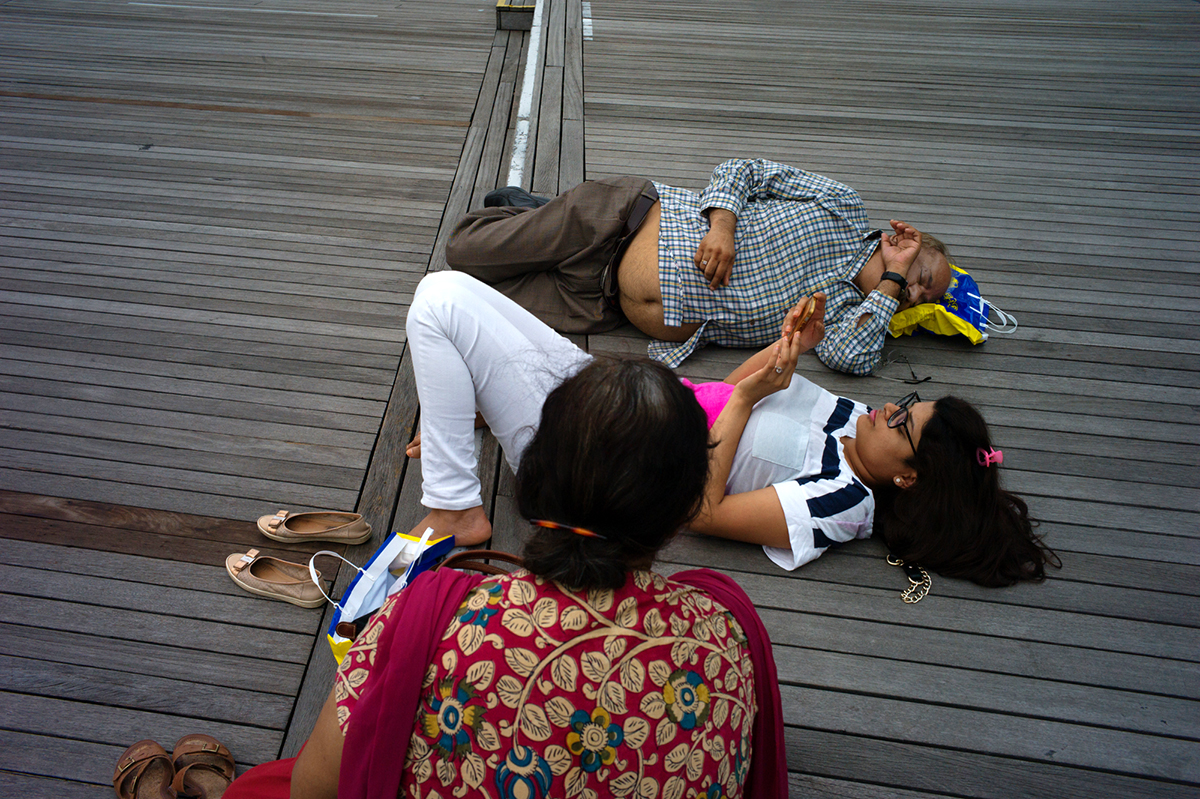 L1356650-Indian-family-1200