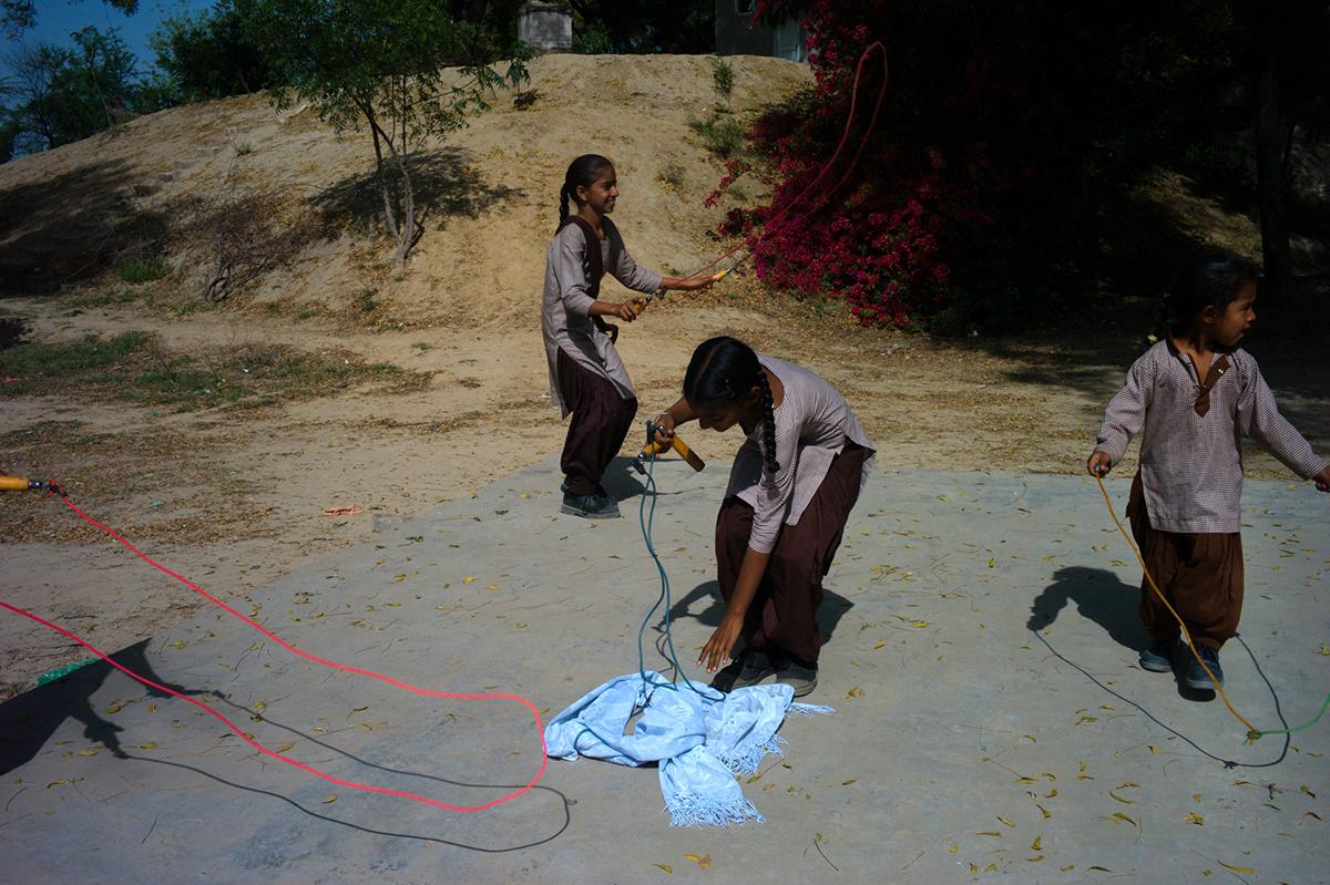 Punjab-L1371599-skiping-rope-1200