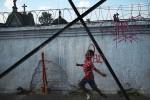 Sao_Paulo__April_2013__Boy_cemetary_website