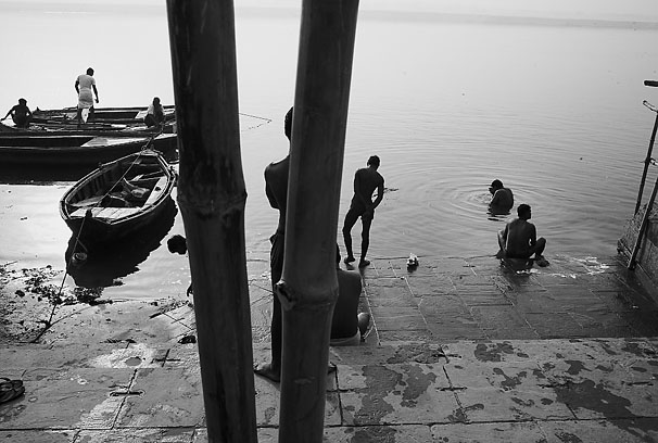 Varanasi_river_8
