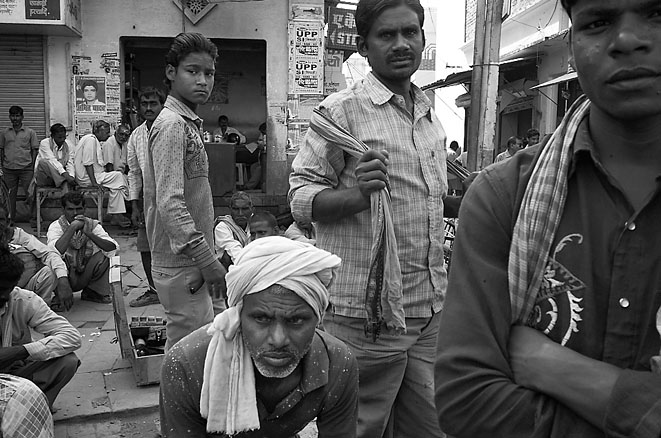 Workers_with_foulard_8
