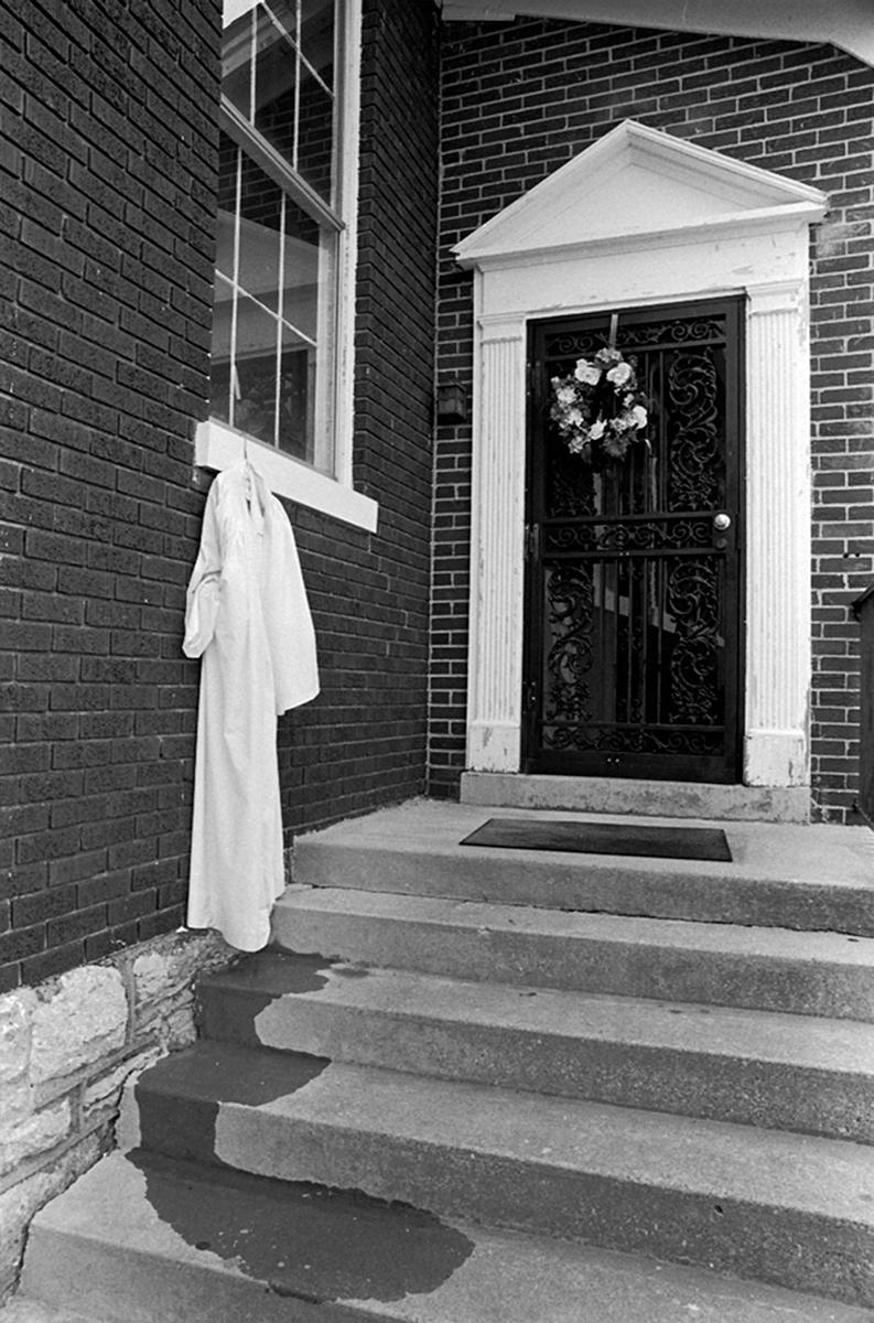 _sarah_hoskins_the_robe
