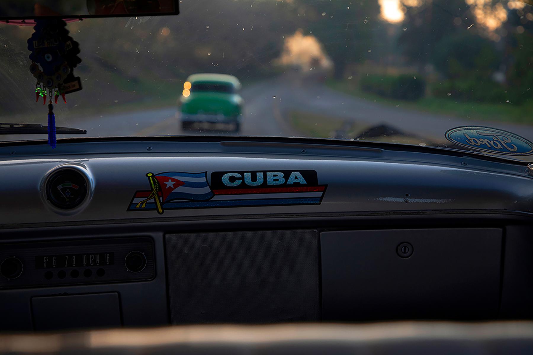 c-Sarah_Hoskins_-cuba_-cubancars