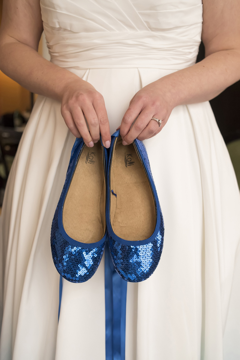 blue wedding shoes. NYC wedding photographers