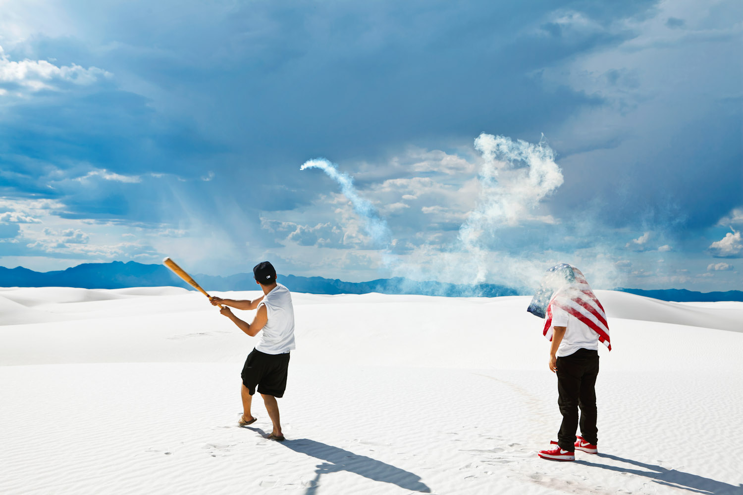BASEBALL IN WHITE SANDS (NEW MEXICO)