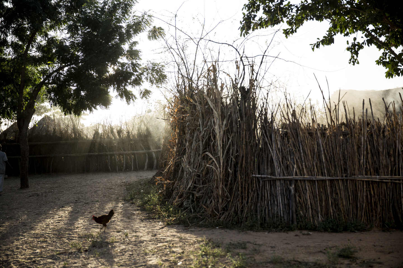 Yan Ashan, her village.